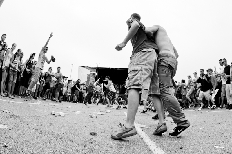 Circle Pit  Photo by: Mike Reiersen