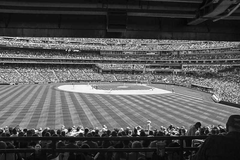 B+W Baseball game